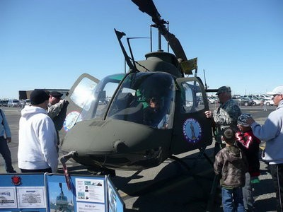 Bell OH-58A Kiowa Walk Around
