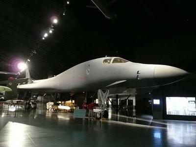 Boeing (Rockwell) B-1B Lancer Walk Around